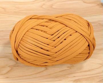 Trapillo yarn 100 polyester T shirt yarn