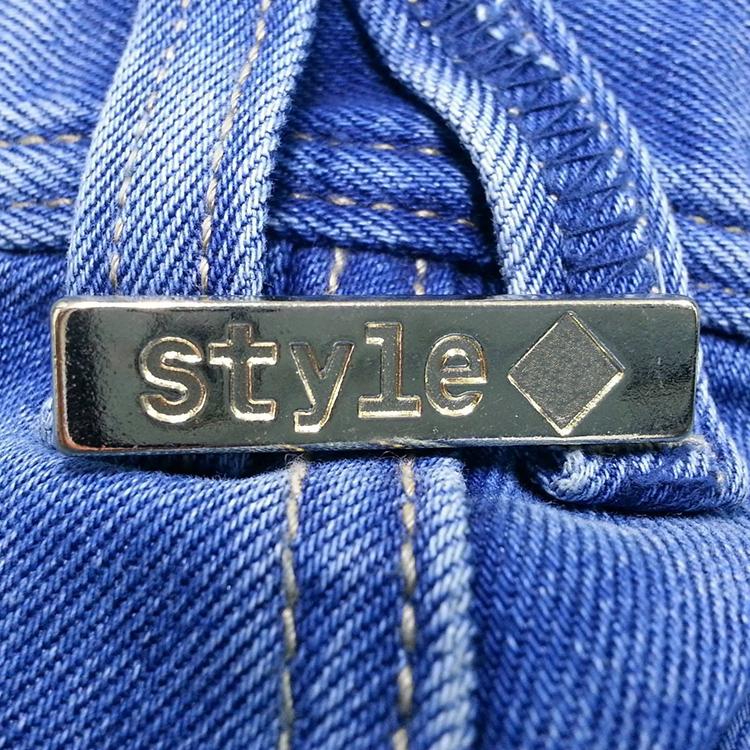 Factory price guangzhou brand logo clothing patch tag garment embossed custom garment labels bag metal label