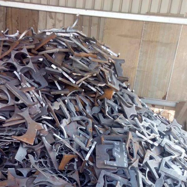Б/у рельсы/железный лом 99% на продажу