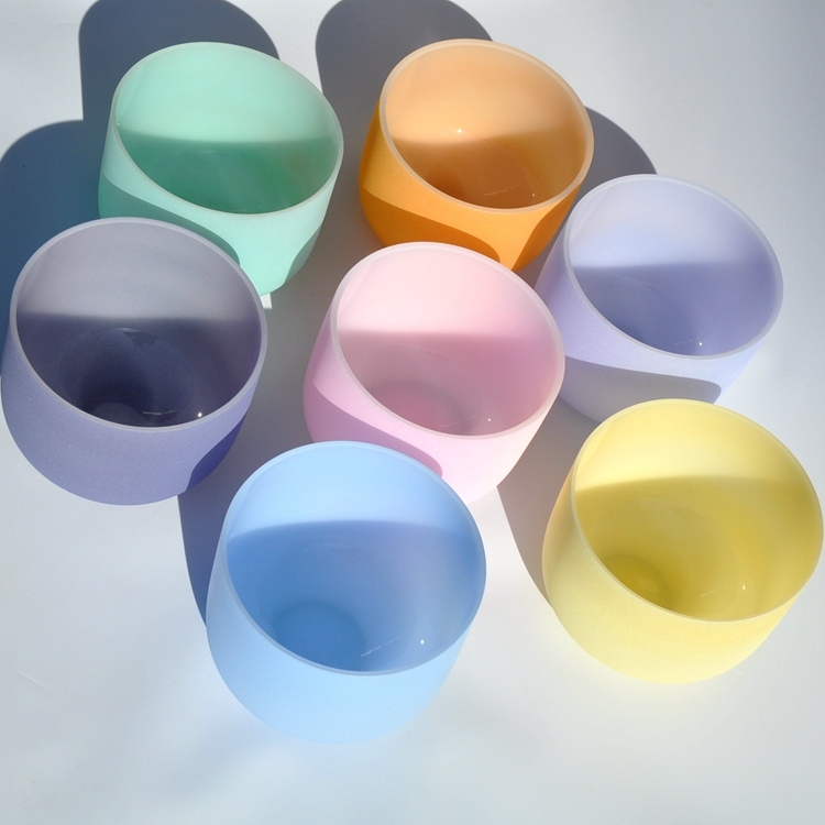 Factory Sale Custom Design 7 chakra color crystal singing bowl set from China