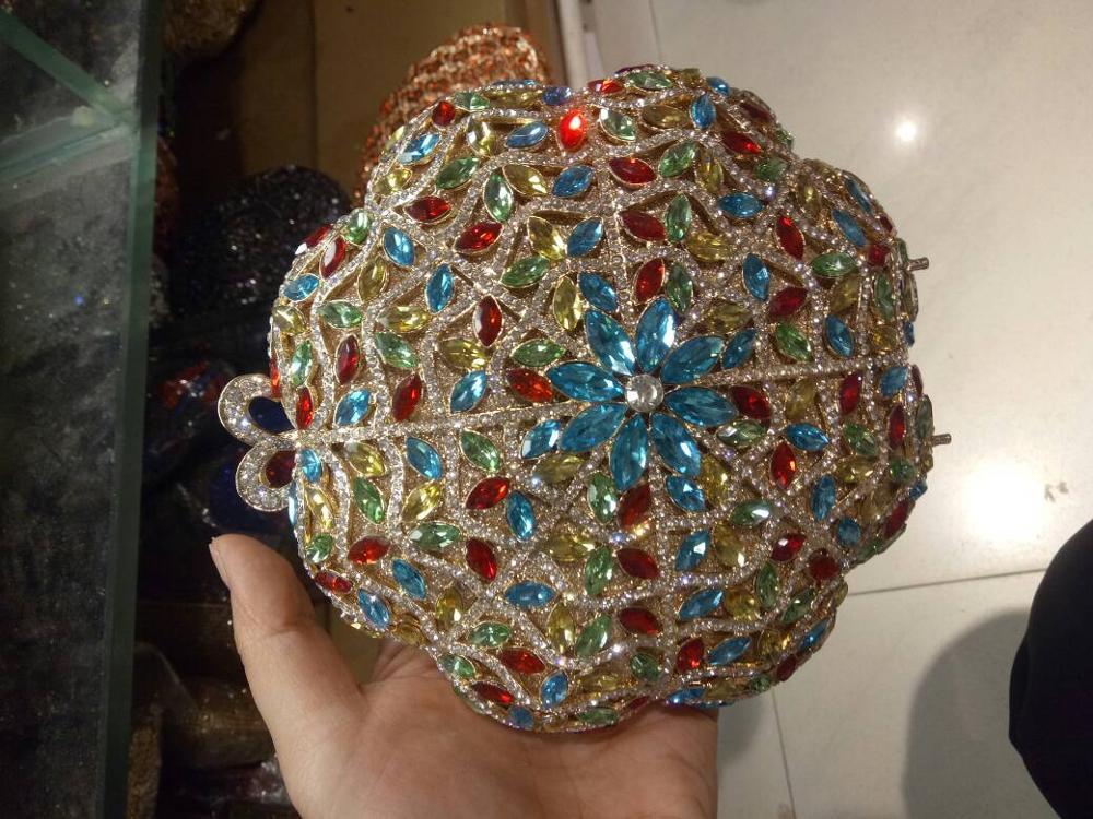 Вечерняя сумка из натуральной кожи с кристаллами Королевского синего цвета DB595
