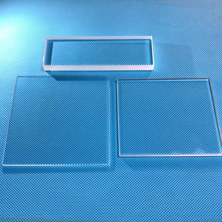 Лист плавленого силикагеля, устойчивый к высоким температурам