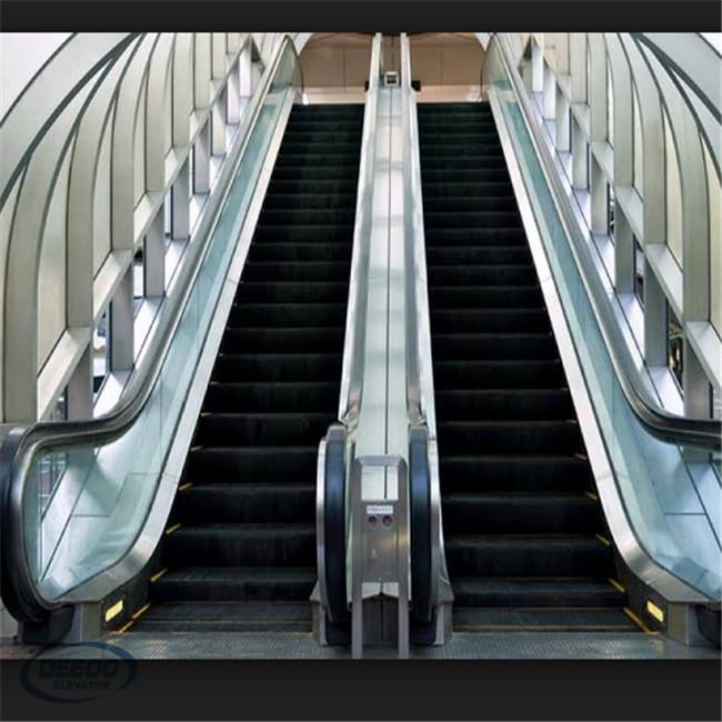 Черный коммерческий пассажирский вес эскалатора для лестницы