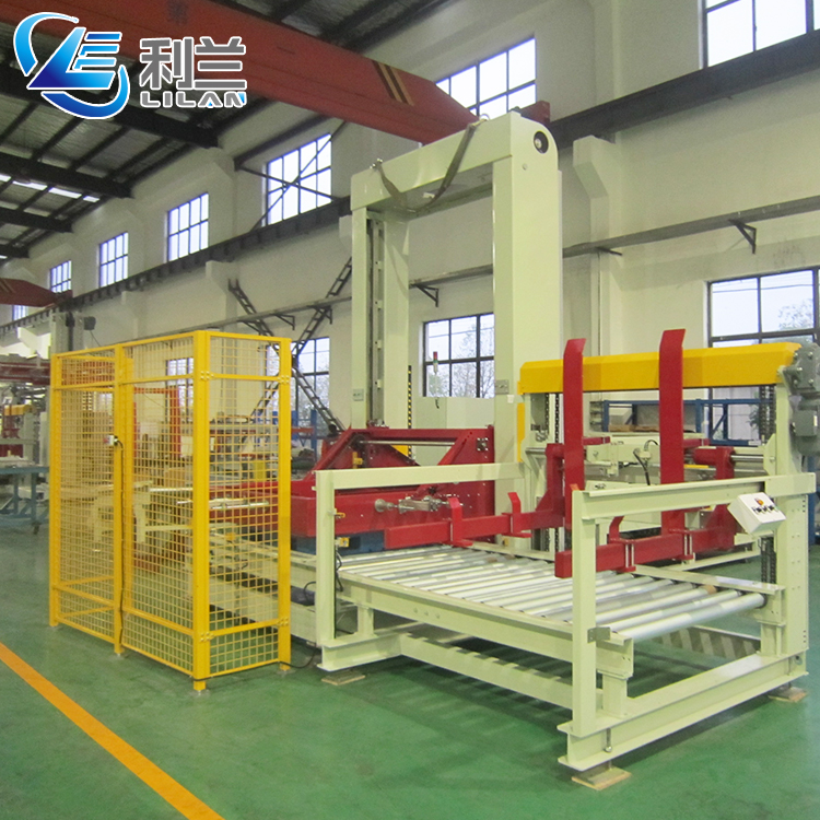 Quality assurance and 15.3 kw Power gantry palletizer for bag of cement