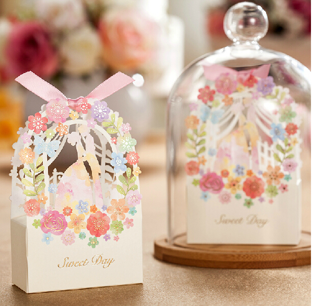Romantic Wedding Gifts: Romantic Wedding Gift Box Elegant Luxury Decoration Flower