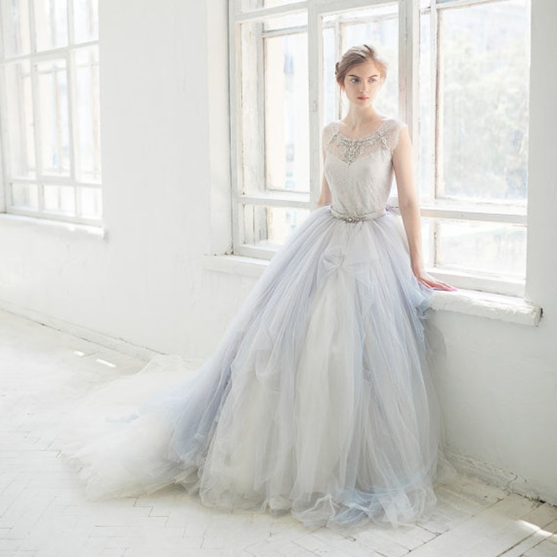 2016 Fashion Beaded Wedding Dress With Train Ball Gown