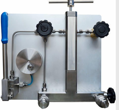 2019 Hydraulic high pressure comparator with 2500 bar
