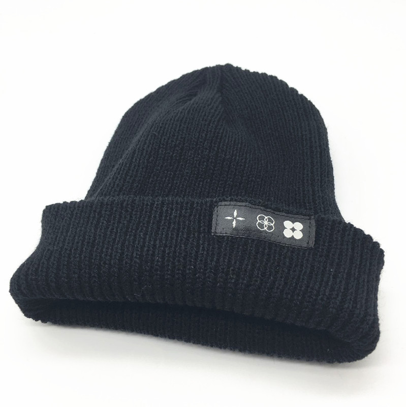 BTS 2017 THE WINGS TOUR  patch LOGO fashion  funny SKULL stretch CAP  Cuff  Beanie HAT