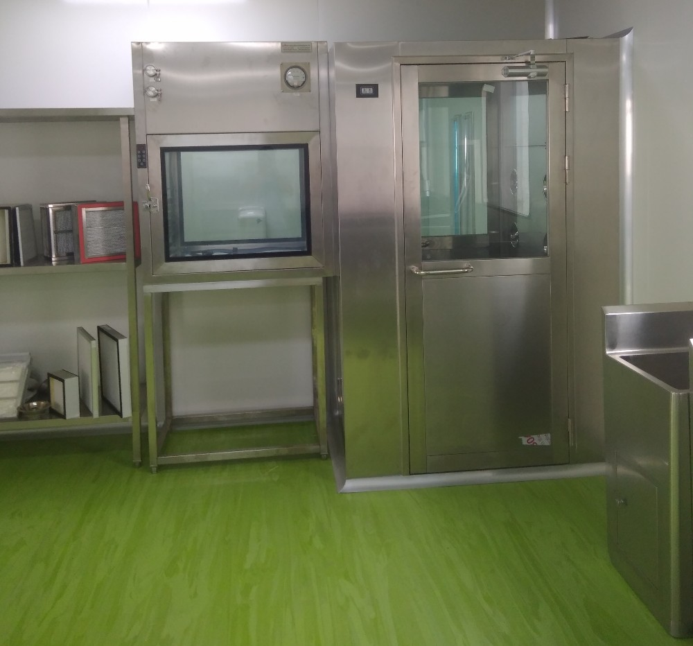 Clean room for pharmaceutical modular cleanrooms