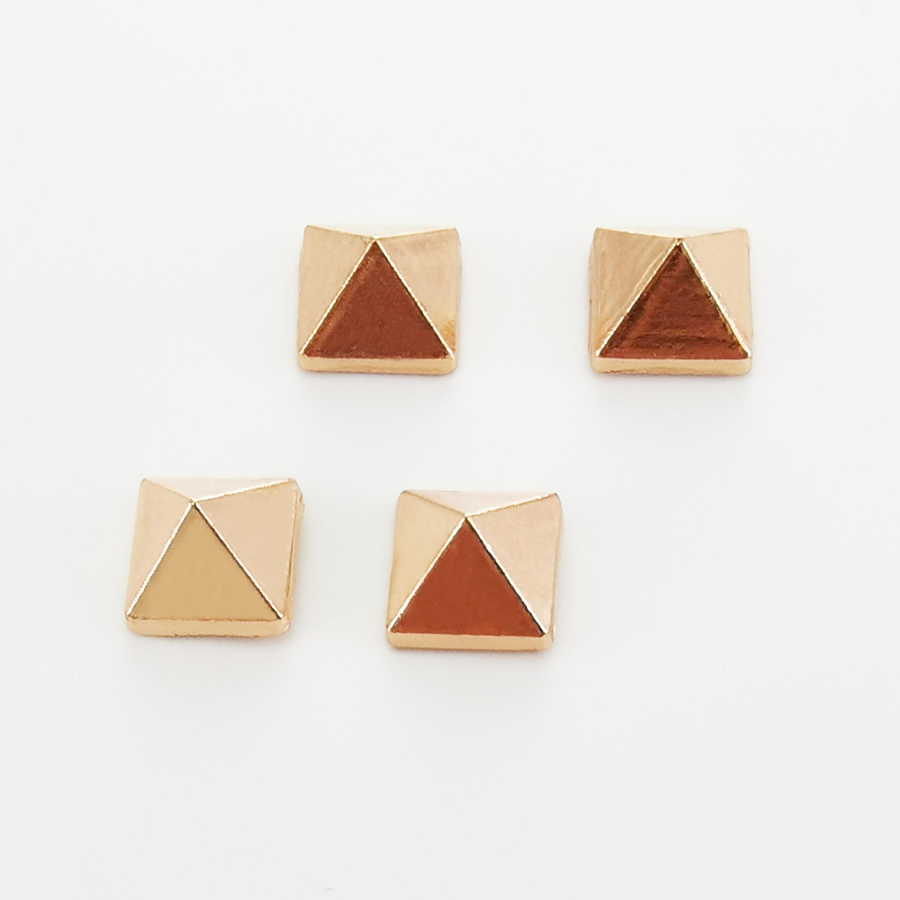 Metal  Pyramid Spike  Button Rivet  Decoration For Leather Products