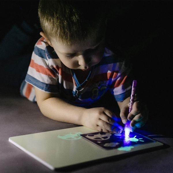 Флуоресцентная светящаяся доска для рисования A4, светящаяся в темноте детская игрушка для рисования, волшебная светодиодная доска для рисования с подсветкой для детей