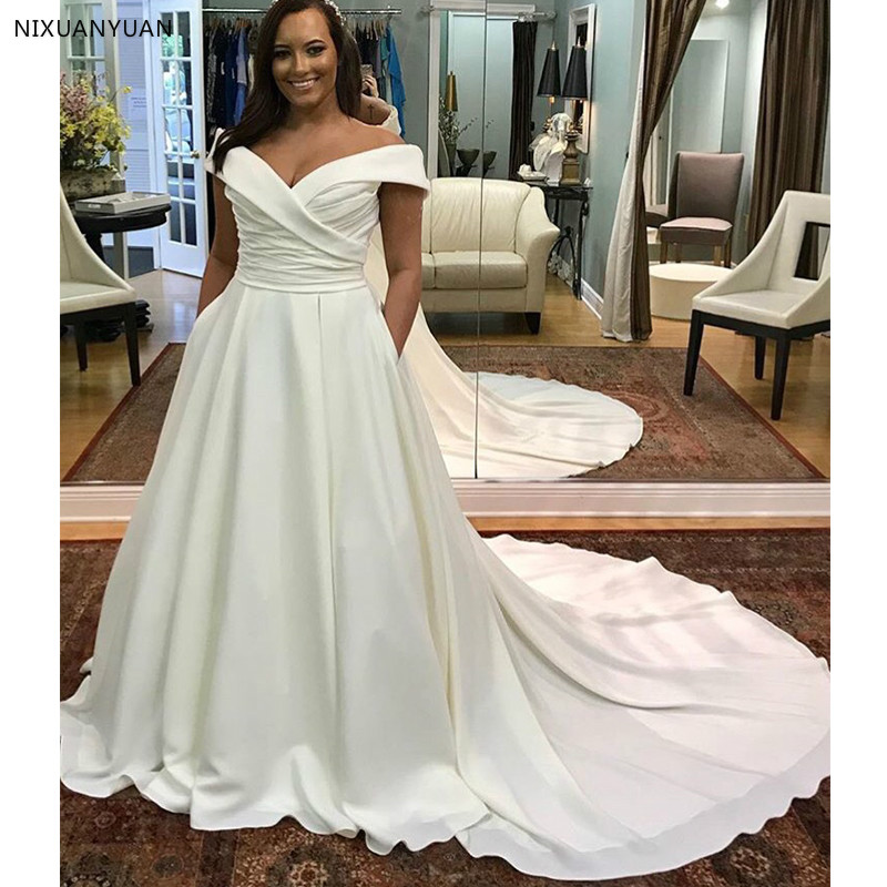 Off Shoulder Plus Size Wedding Dress Boat Neck White Ivory Robe De Mariee  Pleats Satin Zipper Back Bridal Dress Chapel Train