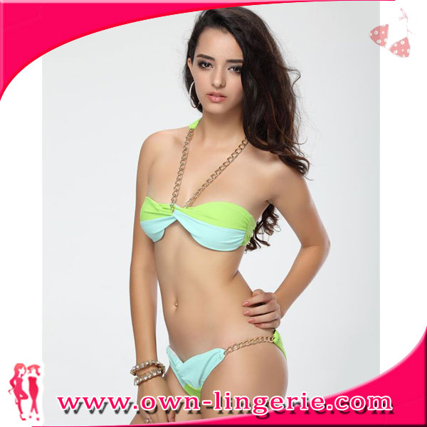 Bikini store model