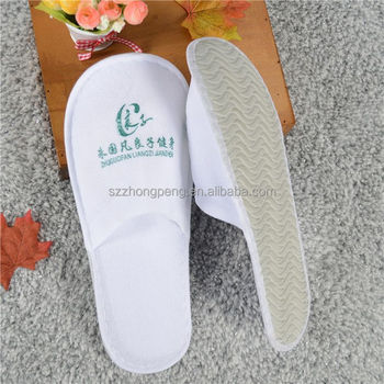 Different colors spa used hotel slippers closed toe