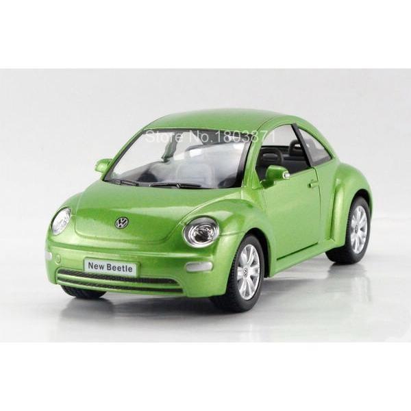 Maisto Yellow Smart Fortwo Open Door Diecast Metal Car: Children Kids Kinsmart Volkswagen New Beetle Model Car 1