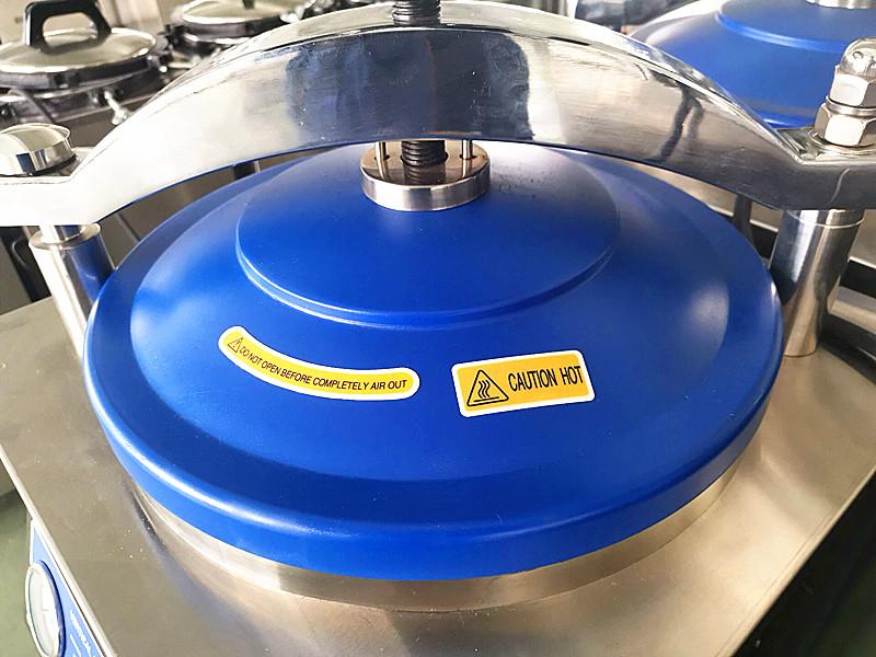Hot sale CE/ISO certificate Class II vertical Steam Sterilizer