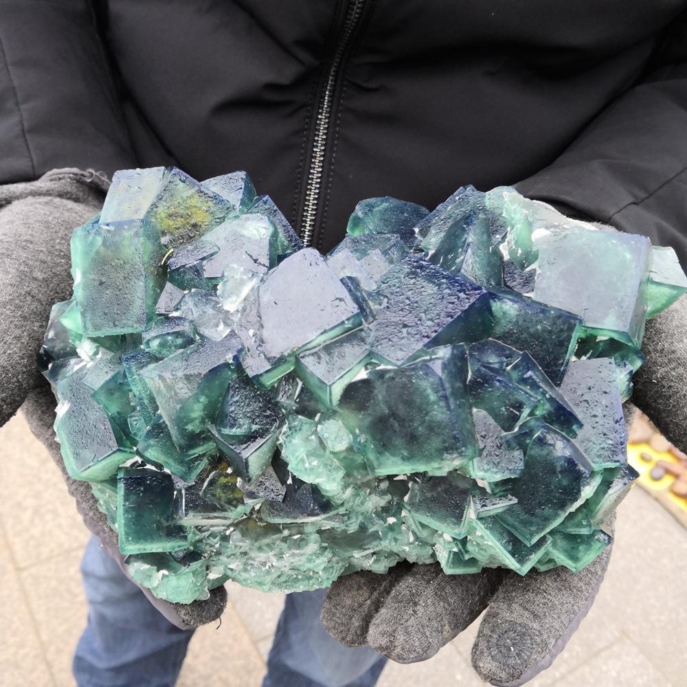 Wholesale Natural Green Fluorite Crystal Cluster Decoration Crystal Raw Specimen