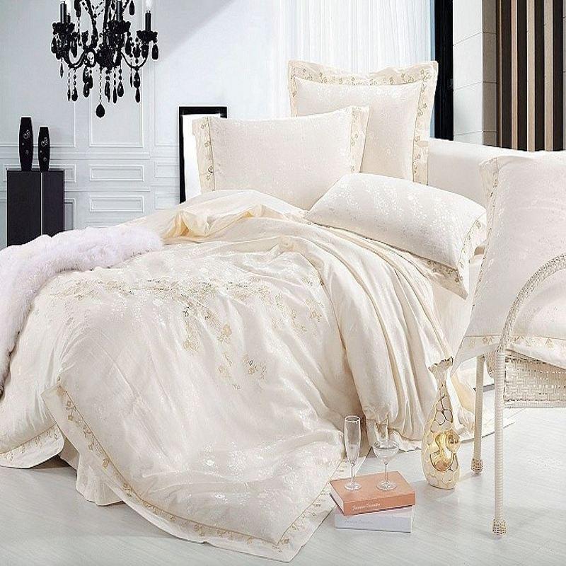 luxury jacquard silk bedding set queen king size 4pcs beige satin princess duvet cover. Black Bedroom Furniture Sets. Home Design Ideas