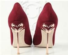 KALMALL/свадебные туфли; женские туфли-лодочки; цвет красный, черный; вечерние туфли-лодочки на высоком каблуке с металлическим лебедем; туфли н...(Китай)