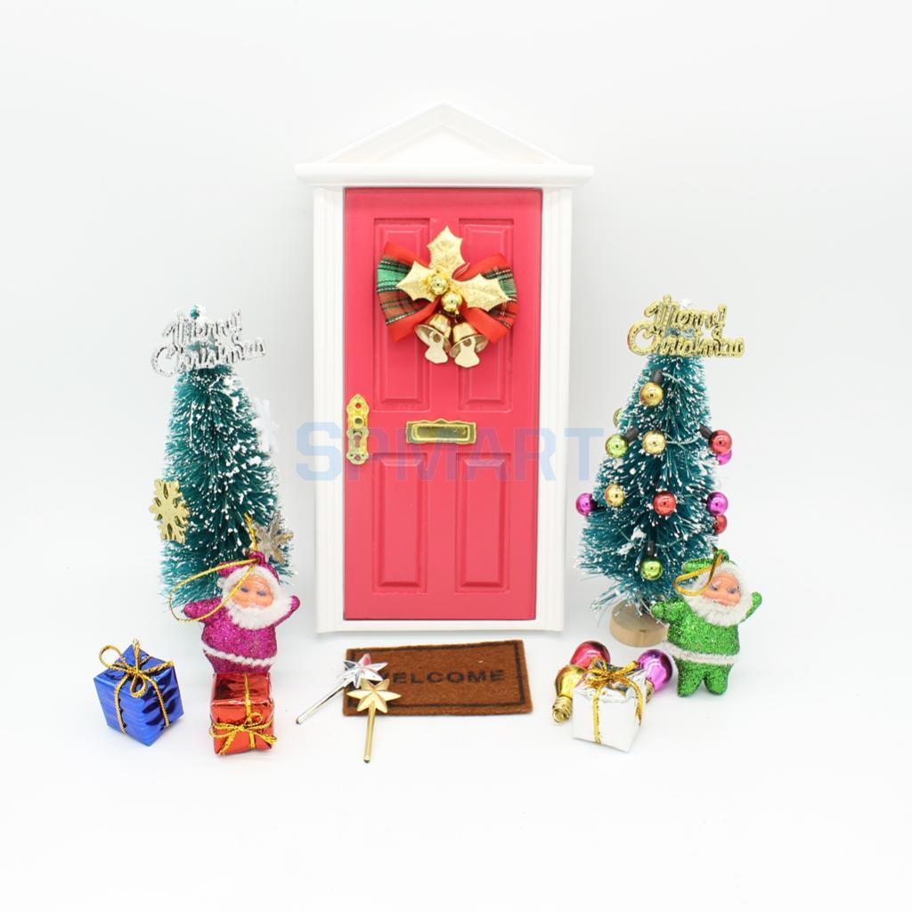 Christmas Dollhouse Miniatures.Dollhouse Miniatures Handcrafted Christmas Tree Santa