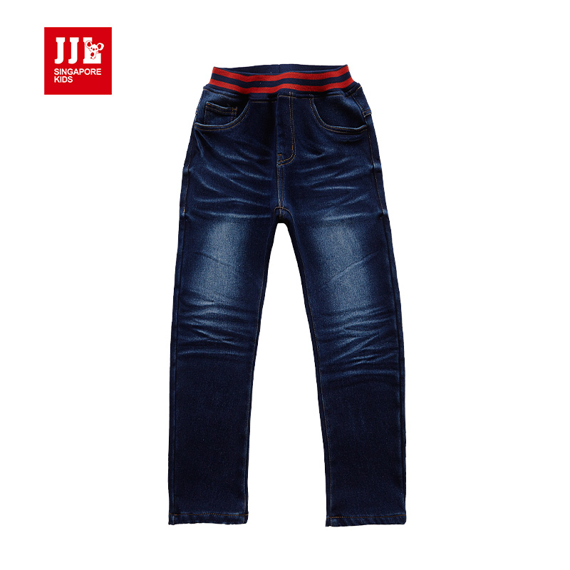 Old Navy boys cargo pants are a classic addition that every boy will love to have in his closet. You'll find elastic waist, adjustable waist and an array of popular colors boys gravitate too. Boys cargo pants are available in slim and husky sizes with material and design for long-lasting wear.