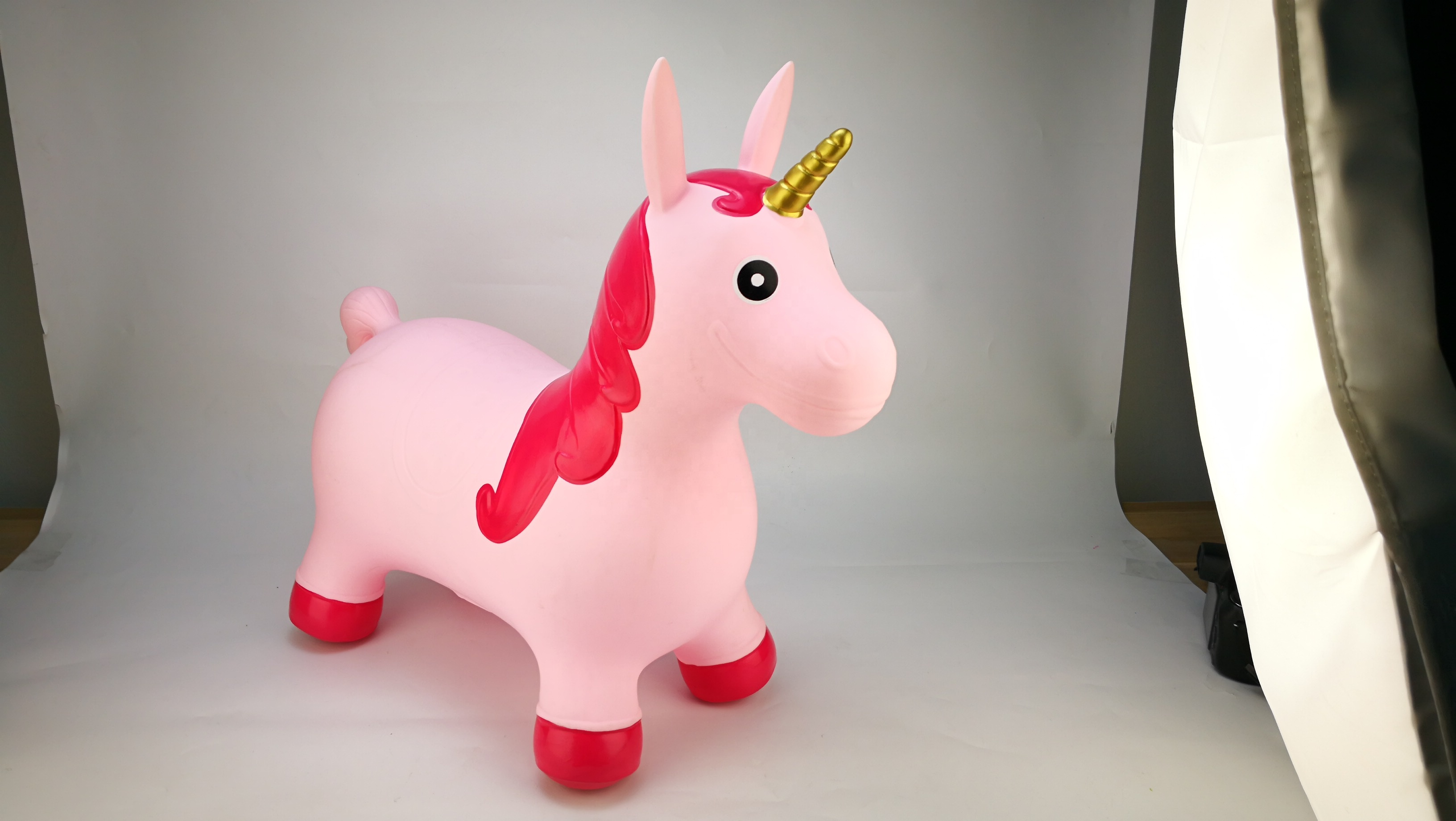 Inflatable unicorn toy for kids ride on unicor animal hopper