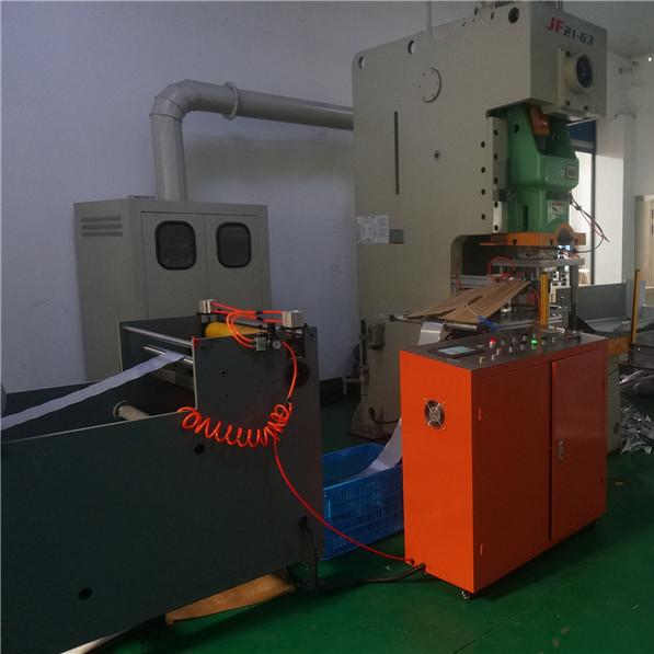 Автоматическая линия по производству контейнеров из алюминиевой фольги