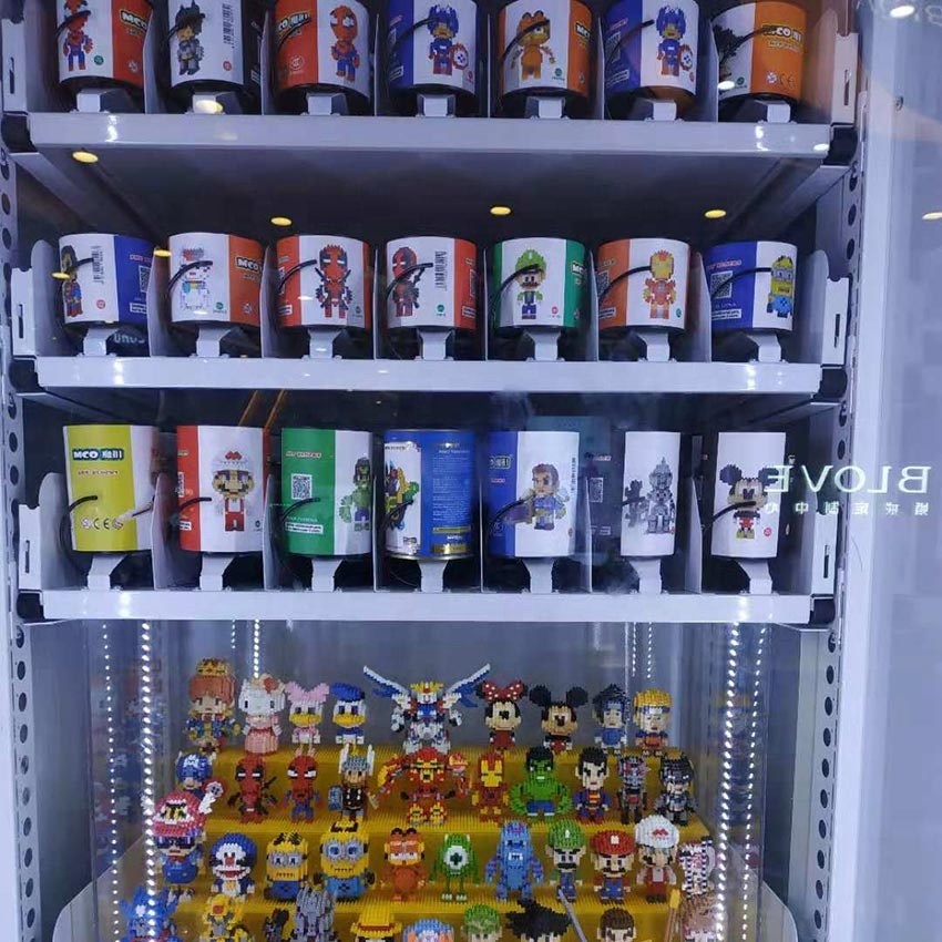 Vending machines for cell phones and mobile phone accessories