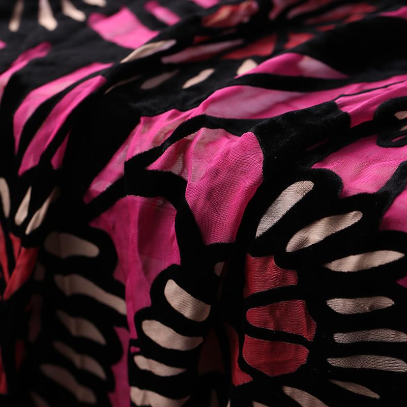 Розово-красный цветочный принт выгоревшая шелковая бархатная ткань