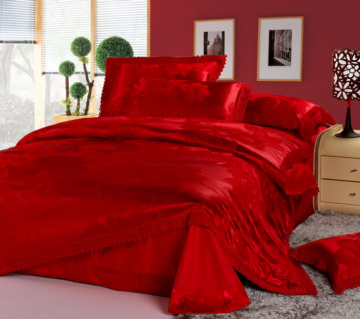 luxury chinese wedding bedding set red jacquard lace queen quilt duvet cover king size bed in a. Black Bedroom Furniture Sets. Home Design Ideas