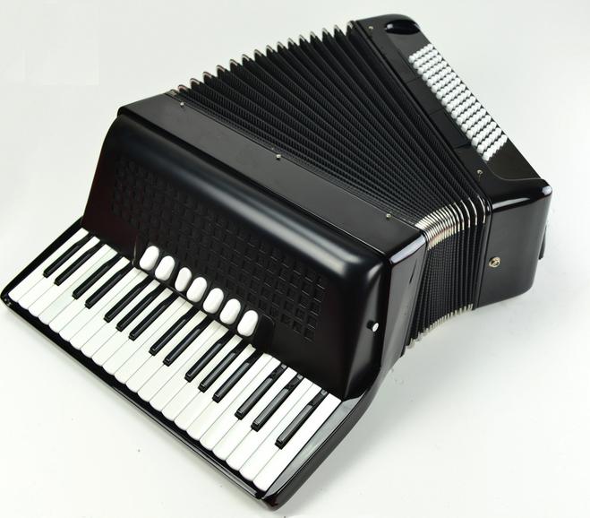 black color 7/2 register 37key 96 bass piano accordion