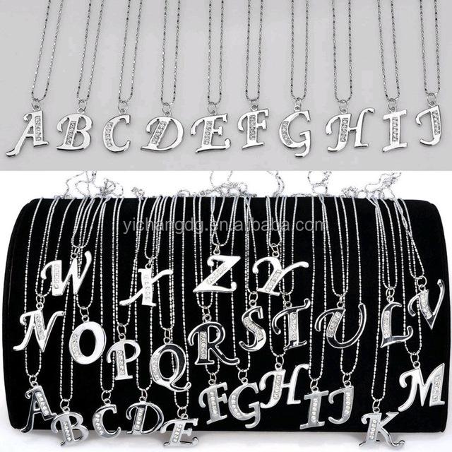 Посеребренные начальной форме плетённого кольца, женские Алфавит 26 букв A-Z кулон ожерелье
