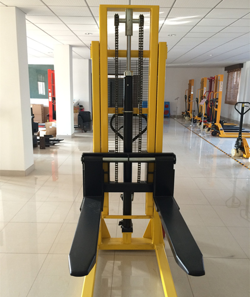 high Quality Hand Forklifts / Manual Pallet Stacker / Hydraulic Hand Forklift Manufacturer China