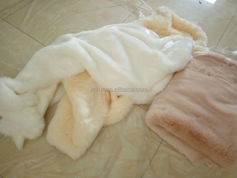 Высококачественная ткань из белого лисьего меха для одежды