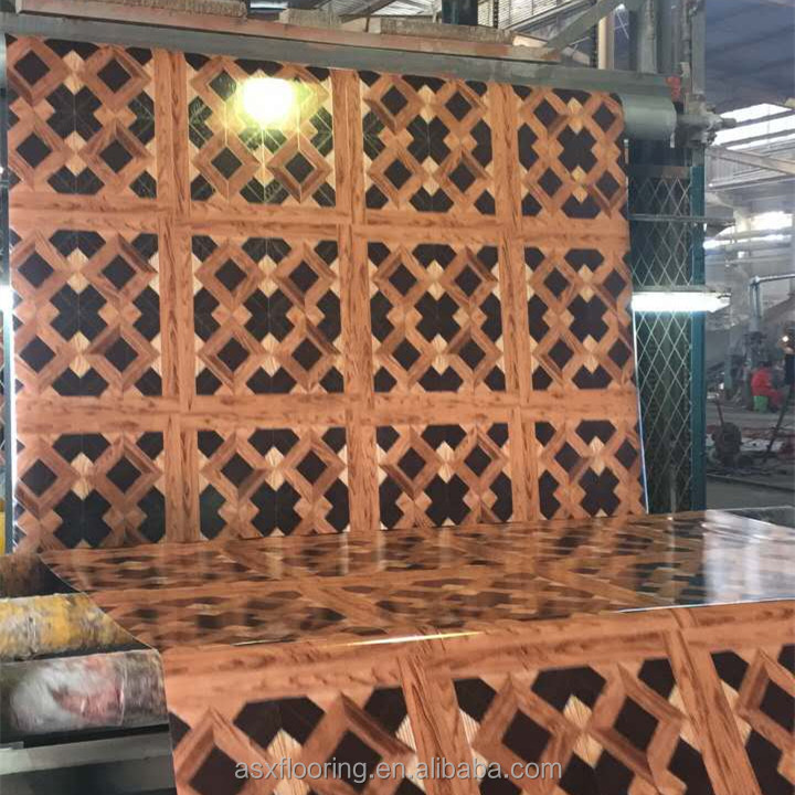 Высококачественный пластиковый ламинированный виниловый настил, покрывающий рулоны 0,7 мм  <span style=