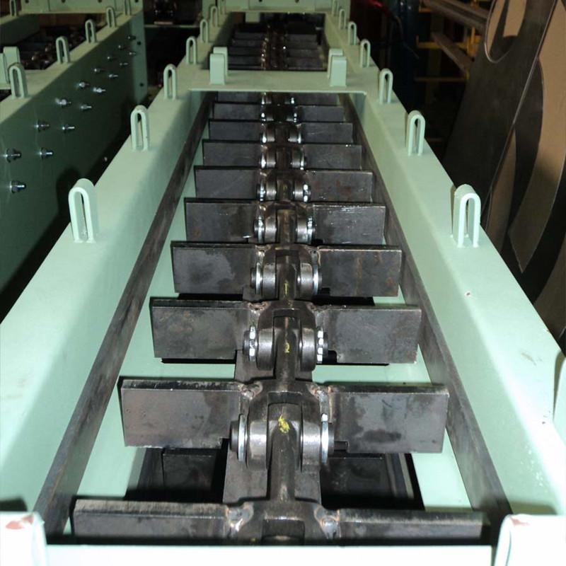 Кормовой конвейер наклонный желобчатый конвейер