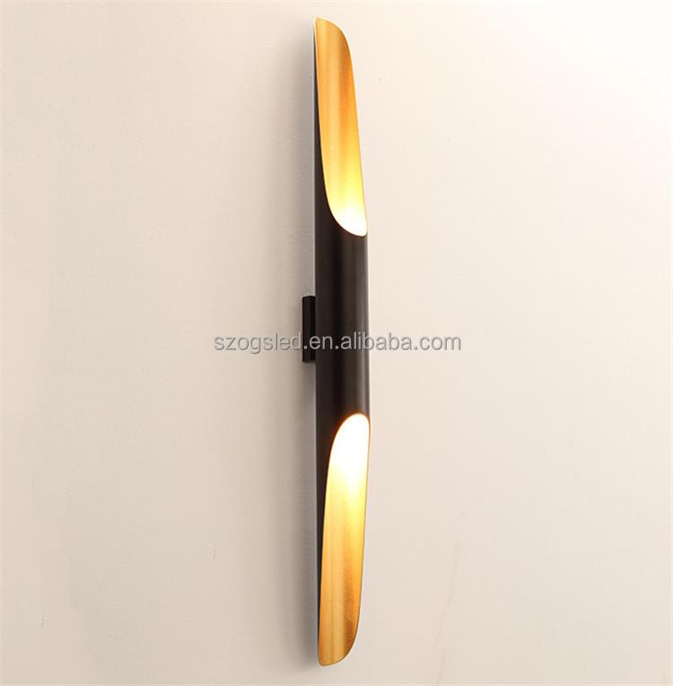 Современный уникальный металлический настенный светильник с золотистой трубкой для отеля