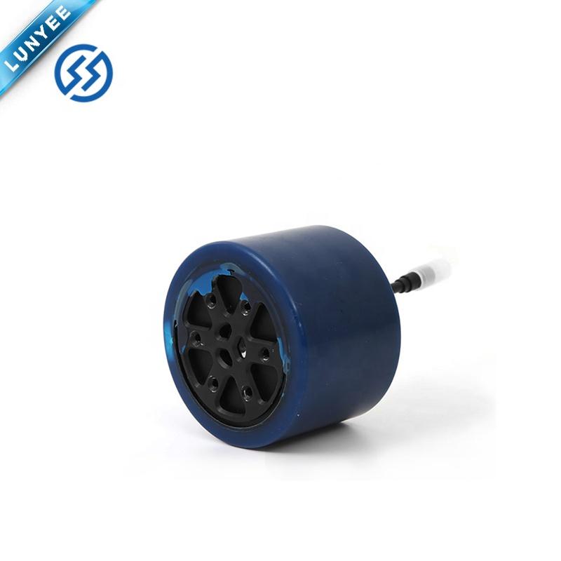 97 мм роликовый скейтборд бесщеточный двигатель постоянного тока 36 в 300 Вт 25-30 км/ч