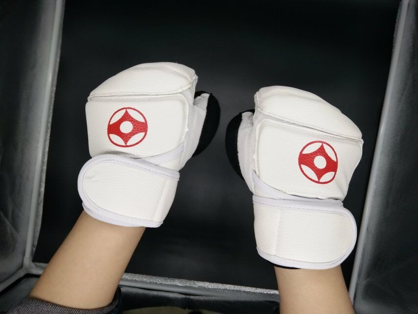 Kyokushinkai Karate Gloves Full Contact Fighting Hand Protector Martial Arts