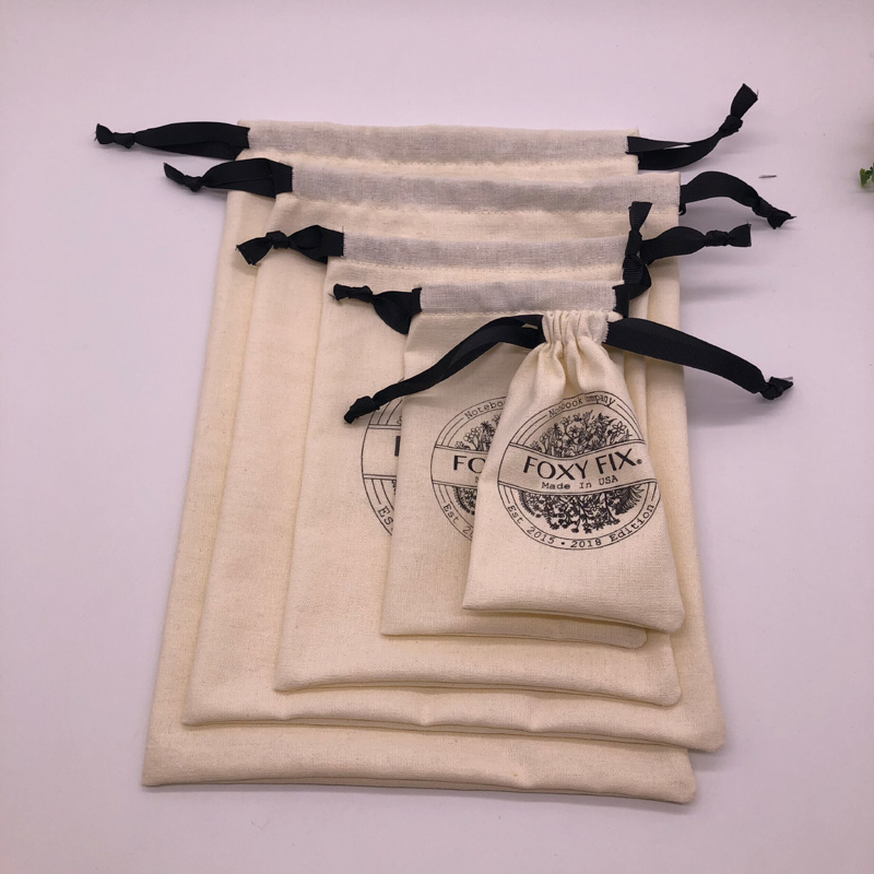 Оптовая продажа, Экологически чистая муслиновая хлопковая льняная подарочная упаковка, Индивидуальная сумка из органического хлопка на шнурке