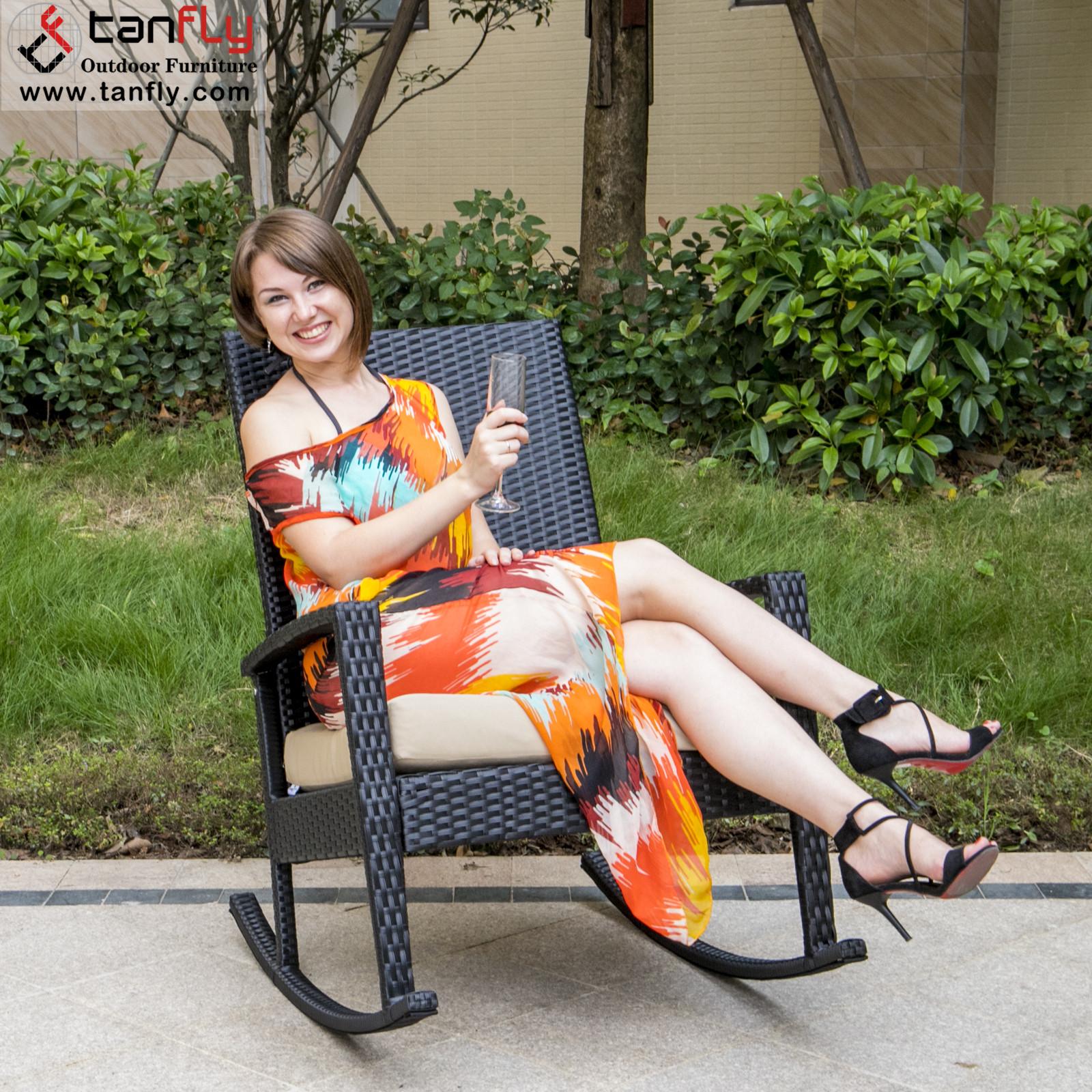 Удобная садовая мебель, металлический ротанговый уличный кресло-качалка
