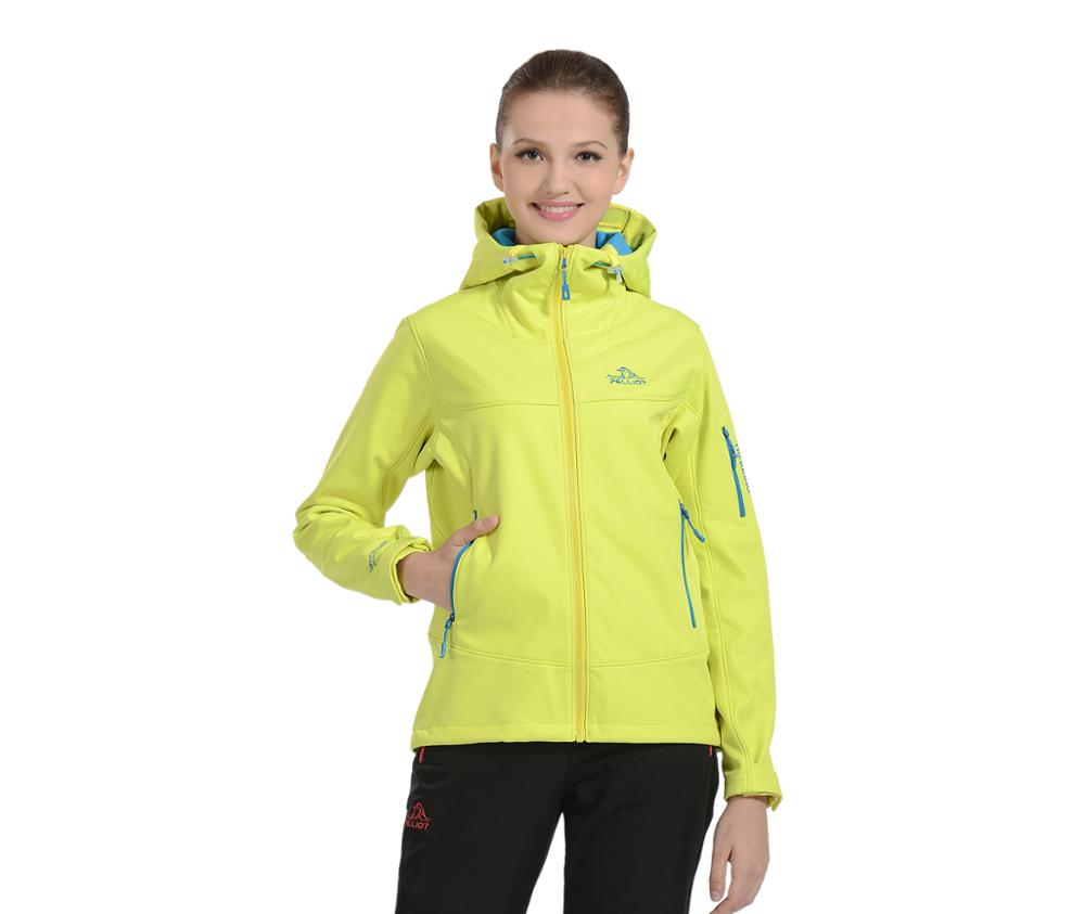 Outdoor Mountaineering Running Clothes Men Softshell Jacket
