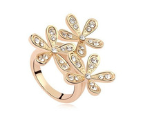 LZ 2016 New Top Quality Crystal Jewelry Luxury Design Rhinestone Snowflake Rings For Women R28 R29