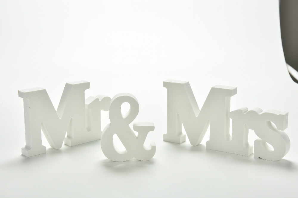 Mr And Mrs Large Wooden Letters: White Wood Mr& Mrs Signs Mr & Mrs Letters For Sweetheart