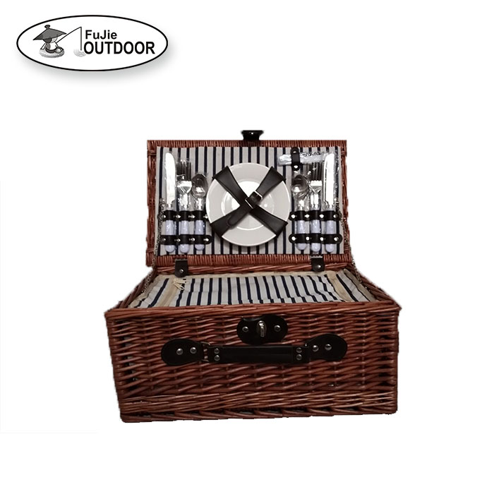 Wholesale Cheap willow picnic wicker basket for 2 person