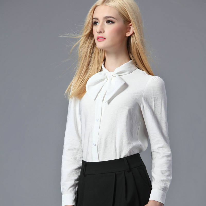 The easiest way any woman can look great without really trying? Invest in a versatile white blouse. Six women choose the white shirt that best.