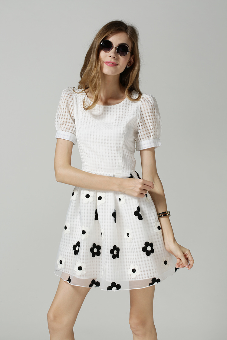 Clothing for petite women