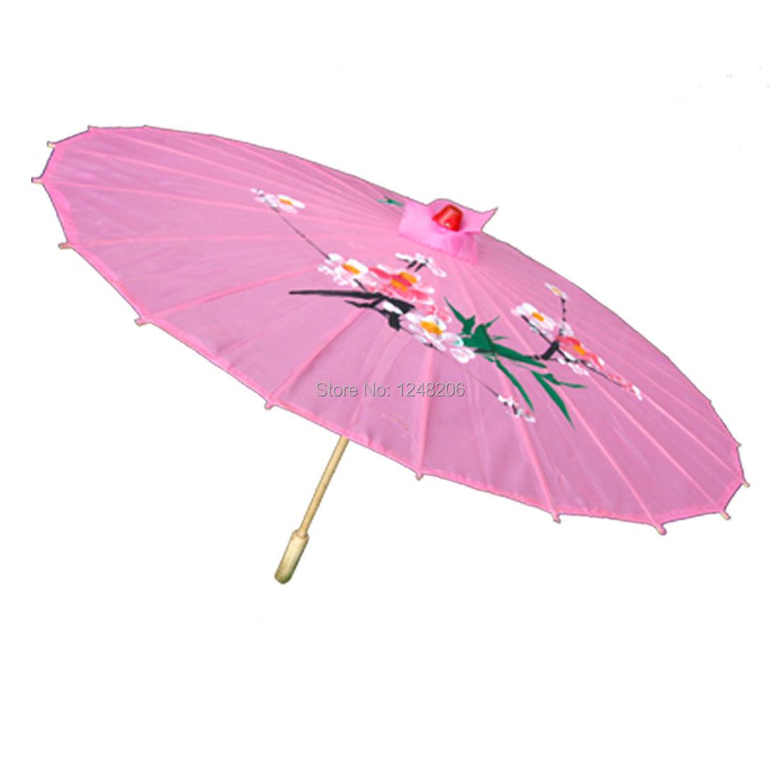 Розовый элегантный зонтик для леди
