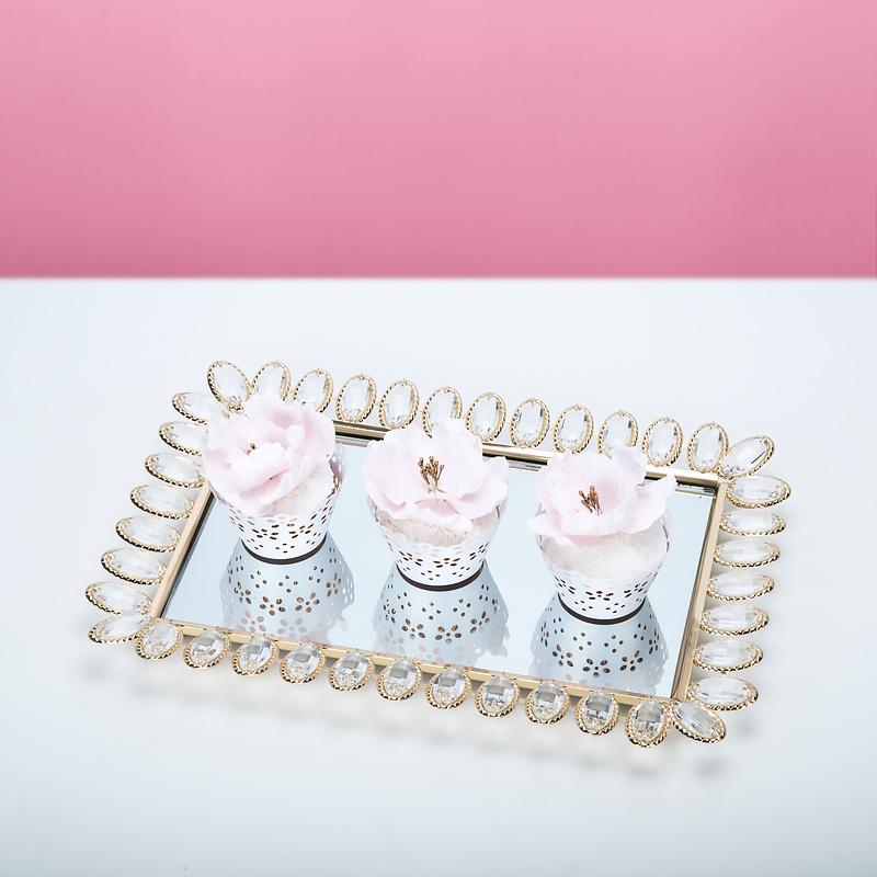Altın gümüş lüks takı servis tepsisi Düğün dekoratif kozmetik plaka ayna tepsi boncuklu fincan kek standı asılı kristaller