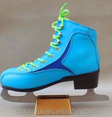 2016 Wholesale adjustable soft ice skating shoes &skates
